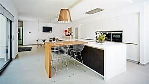 Table Cuisine Moderne : cuisine moderne tendance 2015 id es sympas en 30 photos ~ Teatrodelosmanantiales.com Idées de Décoration