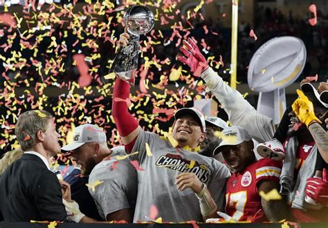 Chiefs Rally To Beat 49ers 31 20 To Win First Super Bowl