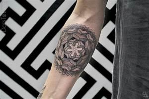 Tattoos Männer Unterarm : unterarm tattoo ideen 40 motive f r frauen und m nner ~ Frokenaadalensverden.com Haus und Dekorationen