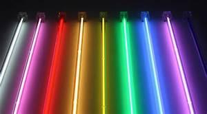 Tube Neon Couleur Deco : neon tube couleur clairage de la cuisine ~ Melissatoandfro.com Idées de Décoration