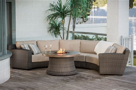 outdoor sectionals tubs fireplaces patio furniture