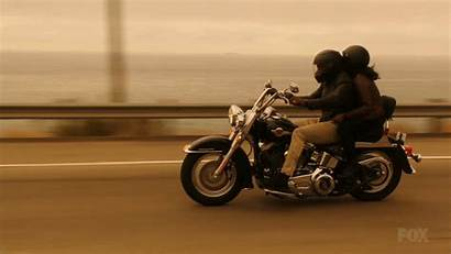 Motorcycle Fox Lethal Weapon Giphy Gifs Damon