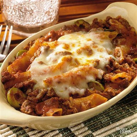 baked mostaccioli with sauce baked mostaccioli with meat sauce