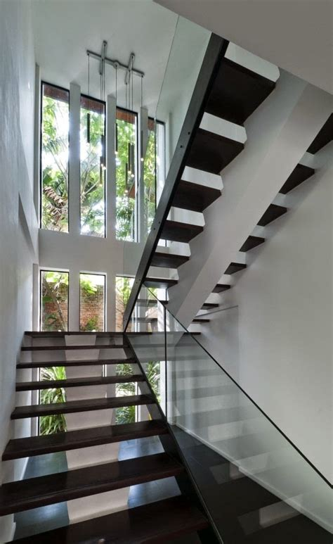 modern stairs designs: half-turn staircase design with