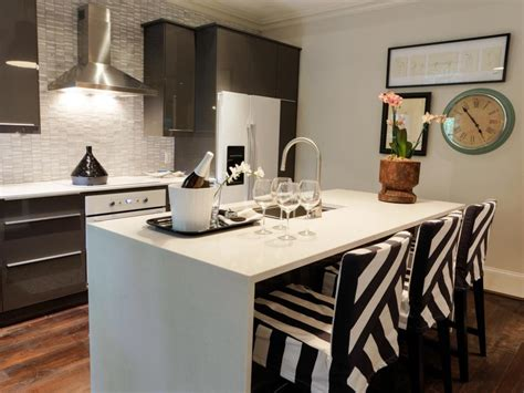modern  angled  kitchen island ideas