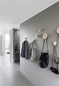 Farbe Für Fliesen : die besten 25 grauer flur ideen auf pinterest graue ~ Watch28wear.com Haus und Dekorationen