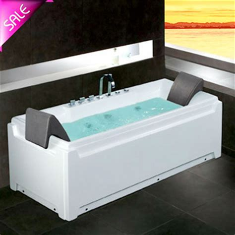 Small Jetted Tub by Small Corner 2 Person Jetted Tub Shower Combo Buy Tub