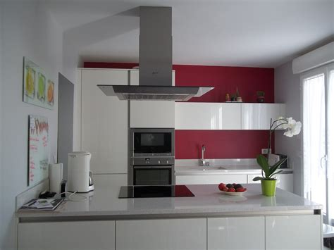 cuisine framboise déco cuisine couleur framboise
