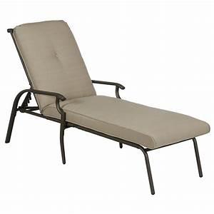 Garden Oasis Brookston Chaise Lounge