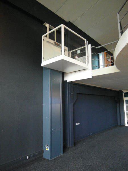 huislift met strak design serve lift zzed lift solutions
