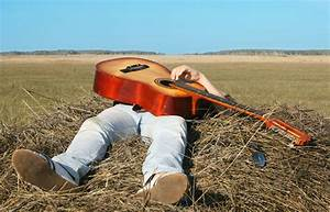 When Things Loo... Country Music