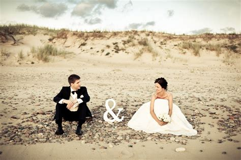 25 Wedding Photo Ideas You Need To Try
