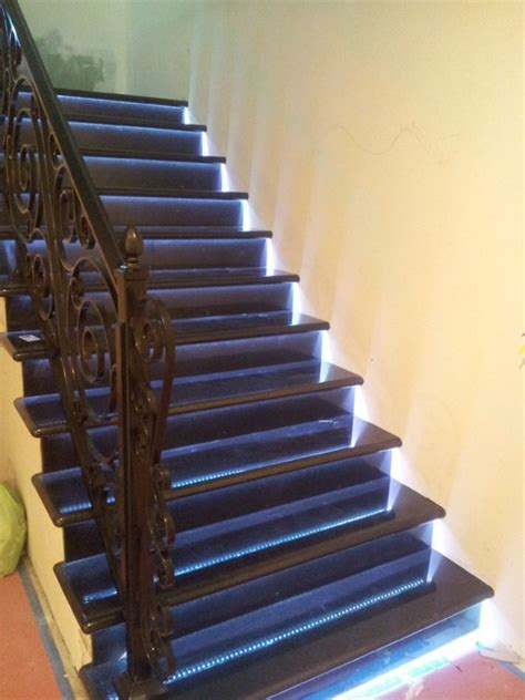 led installations traditional staircase los