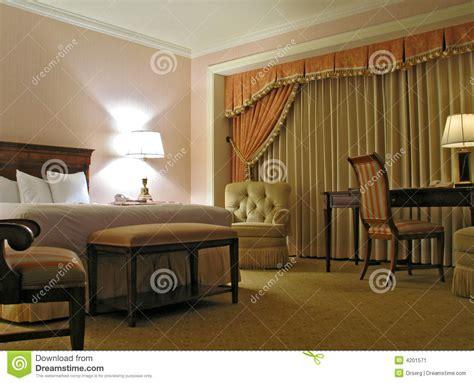 le chambre à coucher chambre à coucher avec le rideau image stock image 4201571