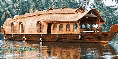 kerala houseboat company    floating luxury