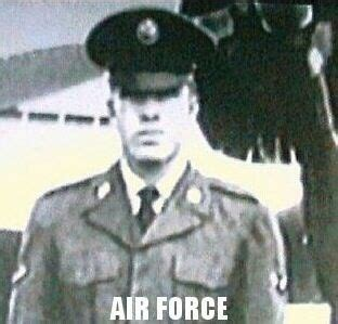 chuck norris air force chuck norris 1940 joined the united states air force