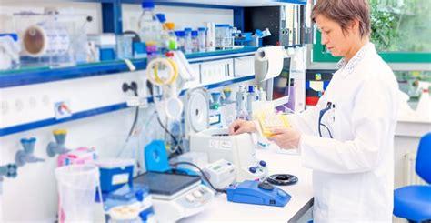 pharmacy technician education  training requirements