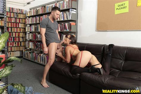 Sexy Librarian Kelsi Monroe Gives Hot Sex In The Library Coed Cherry