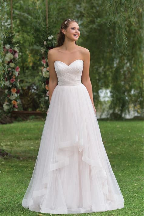 Wedding Dresses by 6158 Wedding Dress From Sweetheart Hitched Co Uk