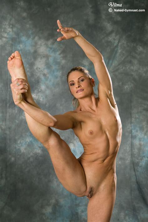 Flexible Gymnast Girl Vilma Gallery