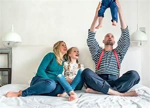 Ideen Für Familienfotos : 5 tipps wie du in wohnungen mit wenig licht helle familienfotos machst berlin ~ Watch28wear.com Haus und Dekorationen