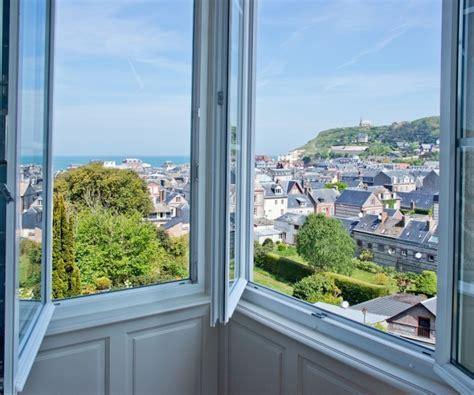 chambres d hotes etretat et ses environs chambre bow window castel de la terrasse