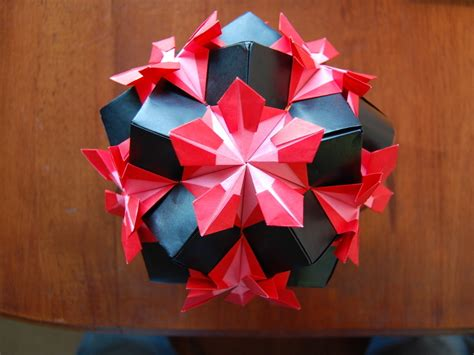 origami ball kusudama