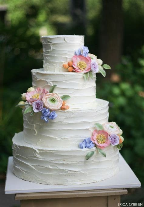 Rustic Buttercream And Sugar Flowers Cake Decorating
