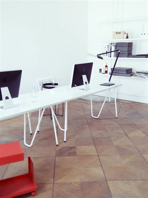 Table L by Sinus Table Dining Tables From L Z Architonic