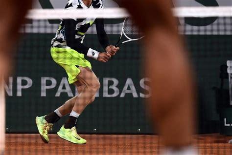 Nadal moves into his 13th semi-finals at Roland Garros ...