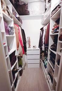 Dressing Petit Espace : gagner de la place dans un dressing blog la maison du convertible ~ Teatrodelosmanantiales.com Idées de Décoration