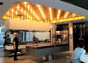 Tim Mälzer Restaurant In Hamburg : die gute botschaft die k che von tim m lzer schmeckt hh hamburg restaurant und restaurant ~ Watch28wear.com Haus und Dekorationen