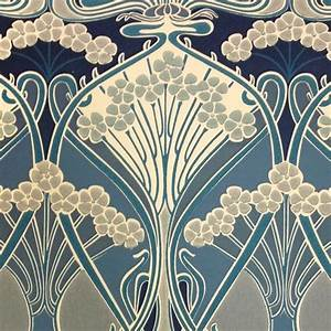 Papier Peint Art Nouveau : ianthe flower wallpaper a timeless wallpaper design ~ Dailycaller-alerts.com Idées de Décoration