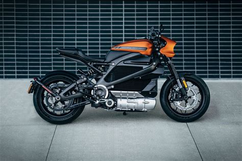 Electric Motorcycle by Harley Davidson Debuts Its Electric Motorcycle