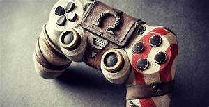This God Of War PS4 Controller Is Absolutely Insane