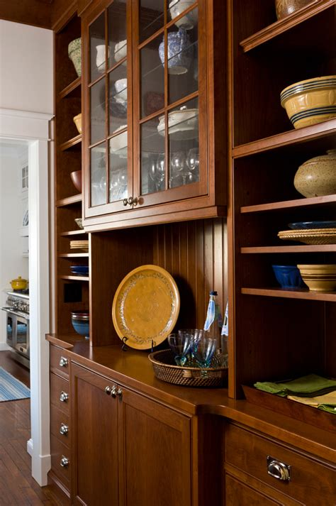 organized butlers pantries traditional home