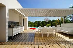 decoration d39une villa sur les parcs des vautes nord de With pare soleil de terrasse