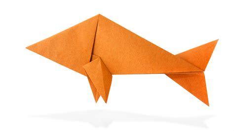 servietten falten fisch origami fisch falten anleitung raubfisch falten dauer 10 minuten