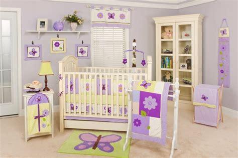 chambre bébé violet décoration chambre bébé fille 99 idées photos et astuces