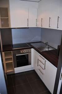 Küche Mit Herd : kleine k che mit k hlschrank herd mikrowelle arcona mo ~ Lizthompson.info Haus und Dekorationen
