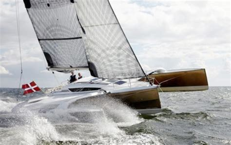 Trimaran Advantages by Sailing Terms Sailboat Types Rigs Uses And Definitions