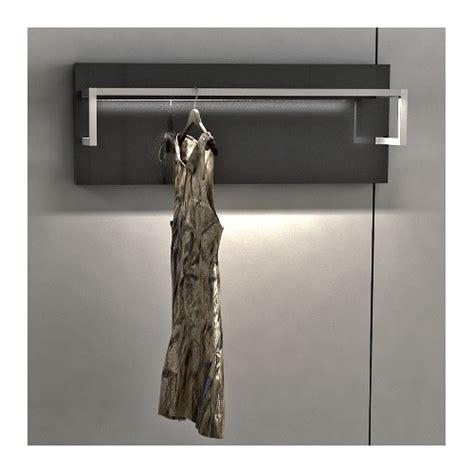 barre de penderie lumineuse barre de penderie lumineuse 28 images options pour dressing et placard la maison des