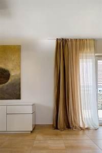 Vorhänge Auf Schienen : vorhangschienen und stangen die gardine ~ Markanthonyermac.com Haus und Dekorationen