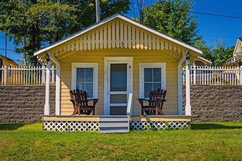 Small Cottage by Small Cottages Half Moon Motel Cottages Weirs