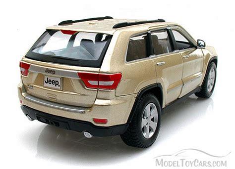 toy jeep car jeep grand cherokee laredo suv gold maisto 31205 1 24