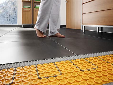 consumo riscaldamento a pavimento impianto di riscaldamento a pavimento sassuolo vignola