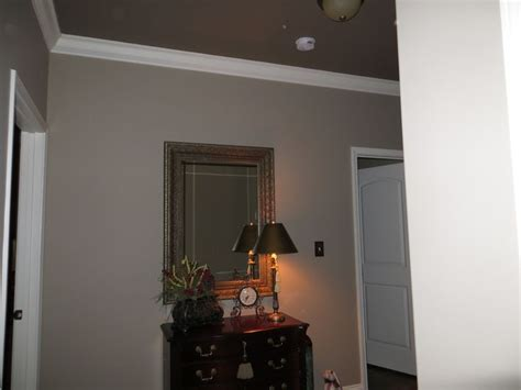 ceiling is sherwin williams virtual taupe and walls are