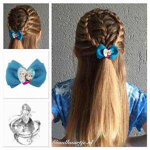 Halfup hairstyle with a cute Frozen bow from Goudhaartje ...