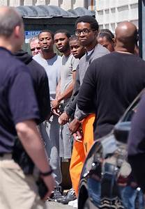 In New York Gang Sweeps, Prosecutors Use Conspiracy Laws ...