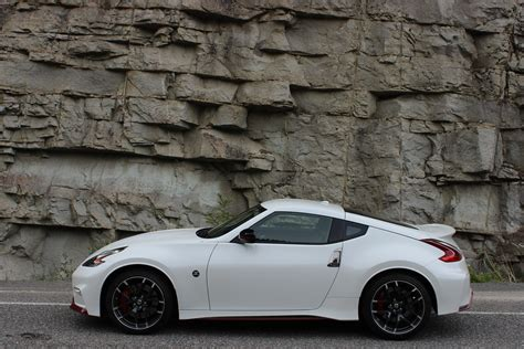 nissan  nismo  picture cars review
